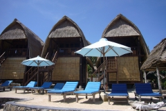 Bali_Lembongan_beach_Accomodatie_voorbeeld_ricebarn
