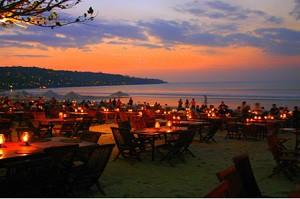 IND-bali_jimbaran_visrestaurants_001_300x199
