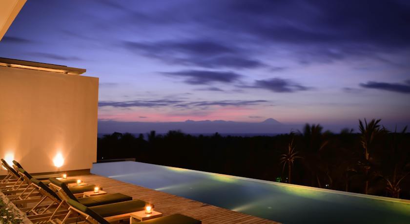 Svarga_resort_pool_lombok